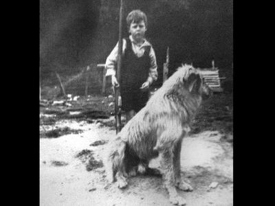 1925-A young Noel in Waimiha.